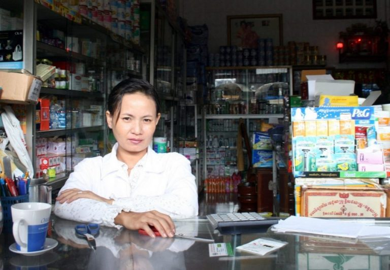 Health: Antibiotics and bad habits in Cambodia